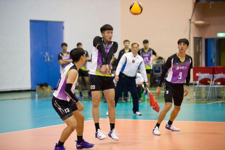 臺中長力焦璿誠 全隊第二高分。中華民國排球協會提供