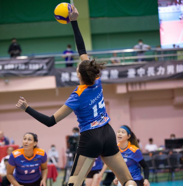 臺北鯨華 Jessica關鍵時刻建功拿下全隊最高18分。中華民國排球協會提供
