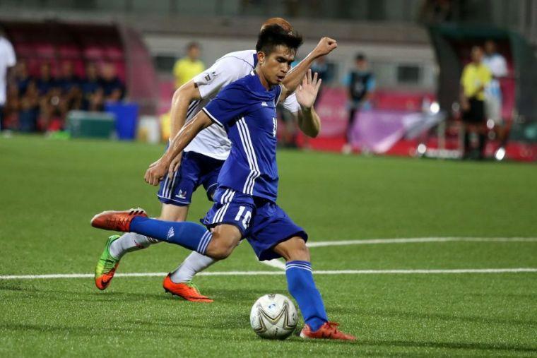 陳浩瑋對香港獨進兩球。資料照片