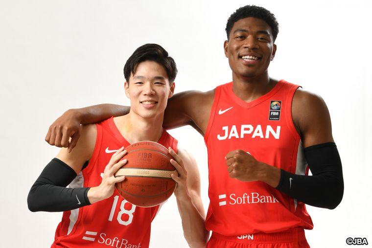 馬場雄大(左)、八村壘(右)正式回歸國家隊。摘自日本バスケットボール協会臉書