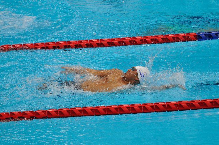 陳亮達男子S7級100公尺仰式出賽 排名第九無緣晉級決賽。體育署提供