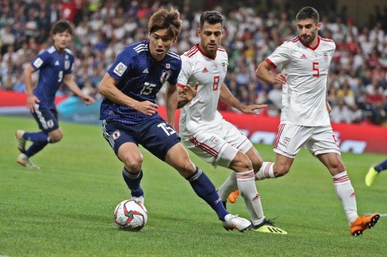 日本大迫勇也獨進兩球。法新社
