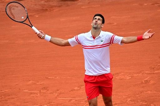 喬科維奇打到五盤才驚險獲勝晉8強。法新社