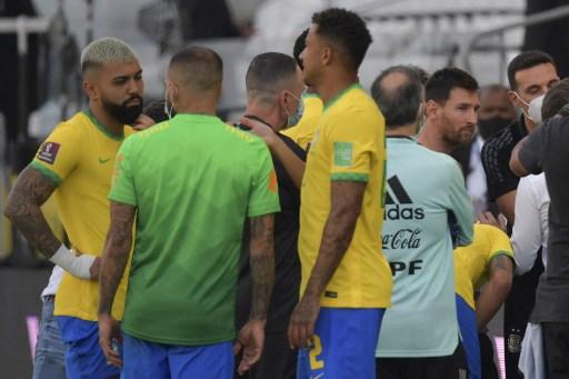 巴西衛生部門介入而讓比賽中斷。法新社