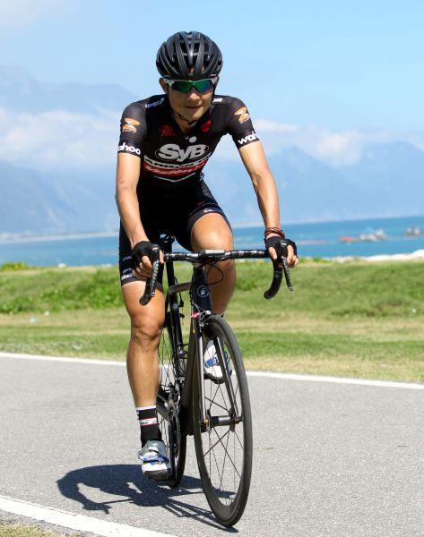 騎車已成為范永奕生活的一部分。中華民國自行車騎士協會/提供。