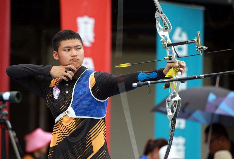 協會青年隊湯智鈞的夢想,是為我國奪得第一面奧運射箭賽金牌。中華企業射箭聯盟/提供。