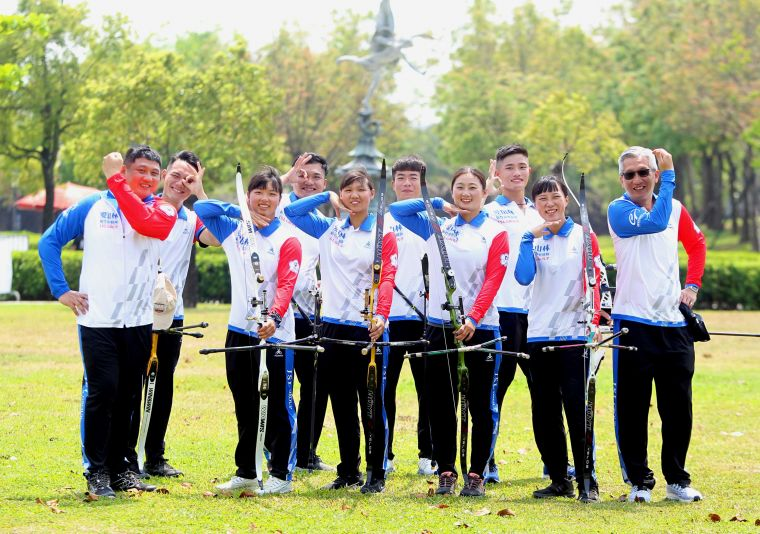 新竹市愛山林隊開心拿下首勝。中華企業射箭聯盟/提供。