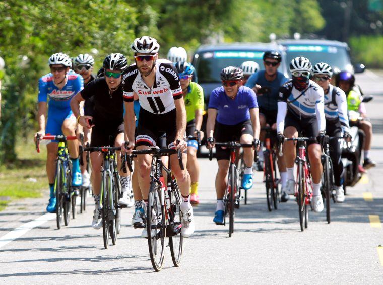 Team Sunweb勞倫斯天登(前)。中華民國自行車騎士協會/提供。