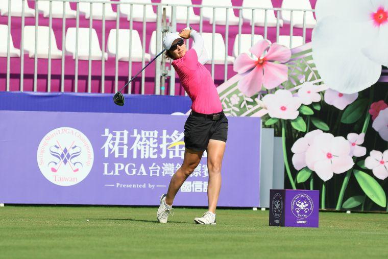 美國選手琳達‧當肯(Lindy Duncan)差點帶走一桿進洞獎。