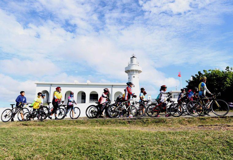 2018 Light up Taiwan極點慢旅鵝鑾鼻站。中華民國自行車騎士協會/提供。