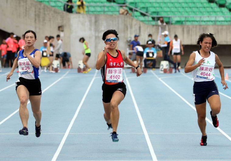 清華大學薛宇涵12.60秒奪金。林嘉欣/攝影。