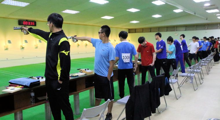 全中運高男組空氣槍比賽在大寮靶場登場。大會提供