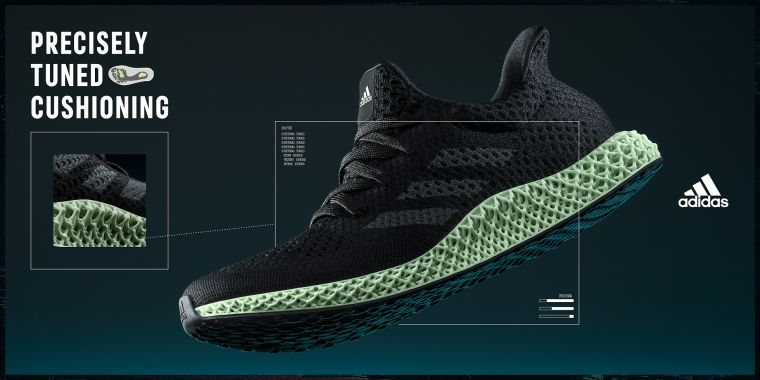 為紀念突破性的創新中底科技,睽違四年adidas Futurecraft 4D跑鞋元祖OG配色將於2021春季正式復刻回歸。官方提供