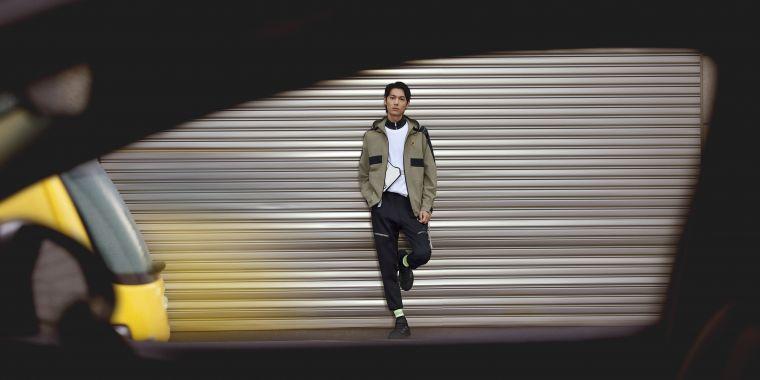 adidas推出全新Outer Jacket運動服飾系列,汲取時下流行的工裝與撞色元素,融入都會簡約時尚,打造秋冬最強機能服飾。官方提供