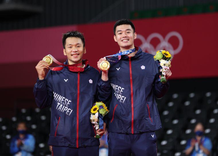 王齊麟/李洋為台灣打下首面奧運羽球金牌。李天肋攝