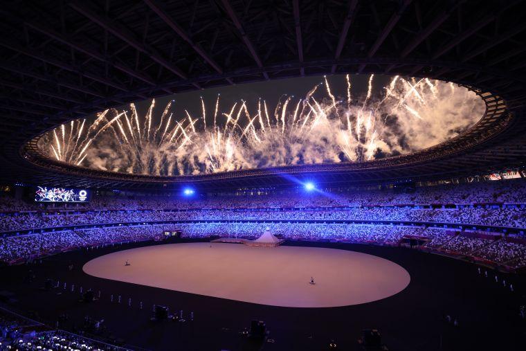 東京奧運壯觀煙火。李天助攝
