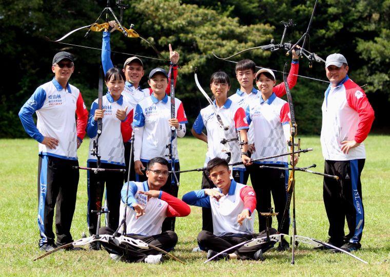例行賽第五名新竹市愛山林隊連贏四場,首度勇闖至尊盟主賽。中華企業射箭聯盟/提供