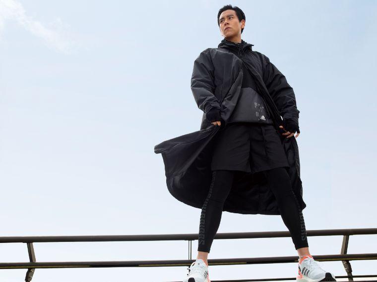 adidas Tech-Style科技時尚系列,以機能面料搭配俐落剪裁,打造戶外服飾新概念。官方提供