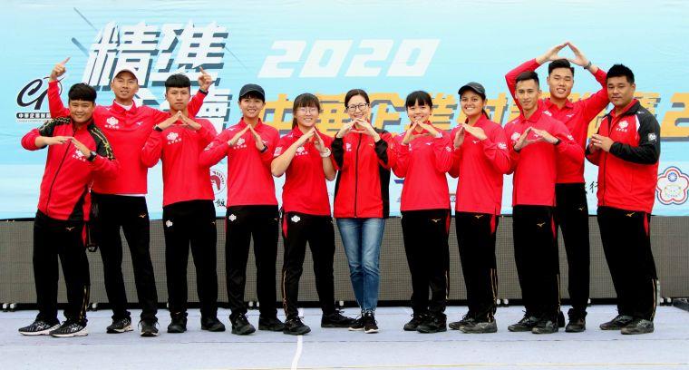 寒舍集團拿下中華企業射箭二年至尊盟主賽G3的勝利。中華企業射箭聯盟/提供。