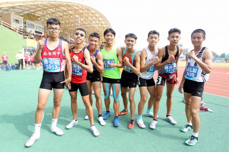 我國田徑史上,首度出現同一屆八位國中生800m突破兩分關。林嘉欣/攝影。
