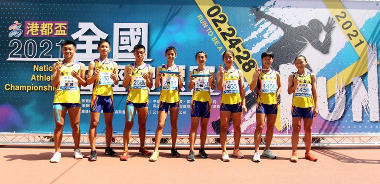 金城國中首度包辦港都盃國男、國女4*400公尺接力雙料冠軍。林嘉欣/攝影。