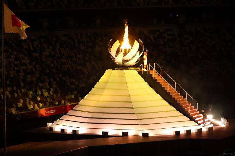 點燃聖火結束今年東奧開幕儀式。李天助攝