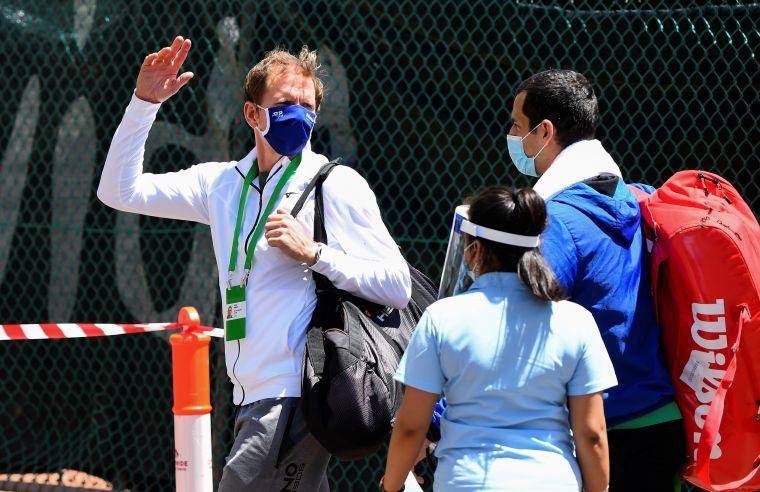 今開始有澳網球員出外訓練。法新社