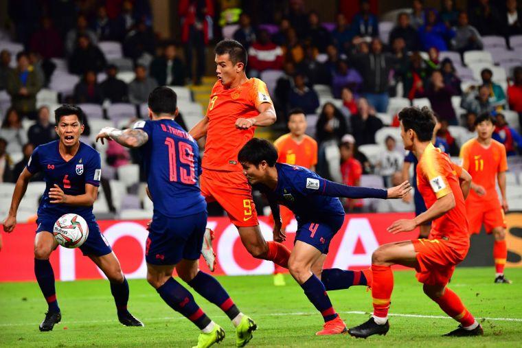 中國肖智補射進球扳平。法新社
