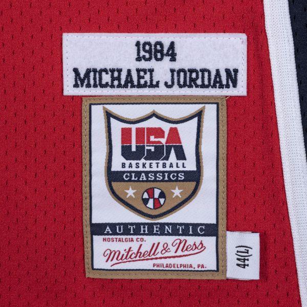 全勝無敗的1984 Team USA,更是 Michael Jordan 傳奇生涯的序章。官方提供