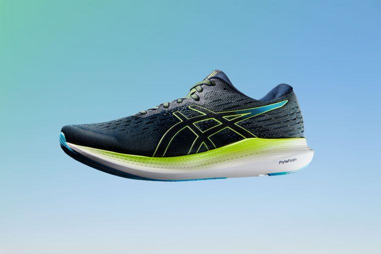 ASICS省力家族RIDE同步推出EVORIDE 2鞋款,打造最輕量省力跑鞋。官方提供