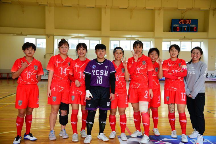 ▲永慶高中第一次參加五人制,教練盼球員不留遺憾。(圖/記者張曜麟攝,下同)