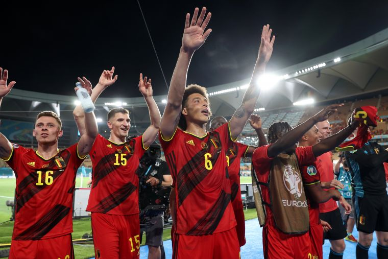 比利時用團隊防守守住勝利。摘自官方推特