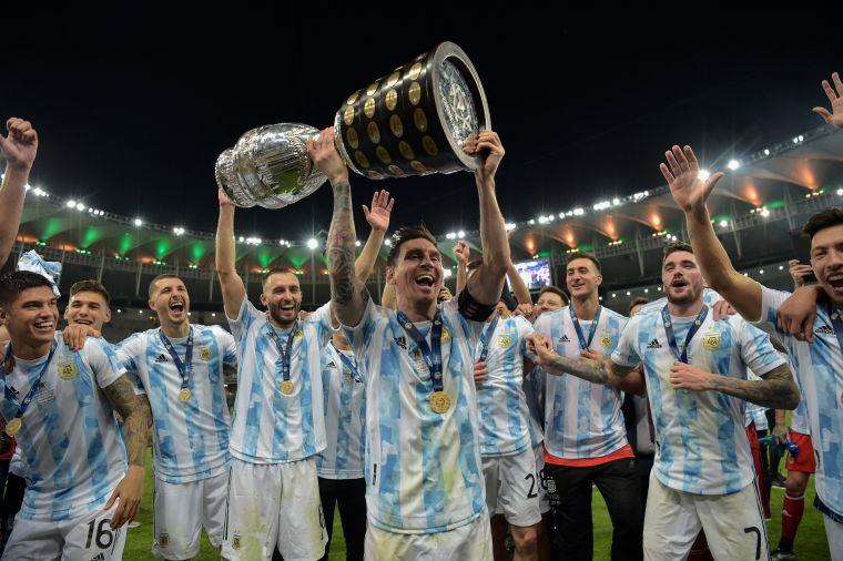 阿根廷奪下近28年來首冠!摘目官方推特