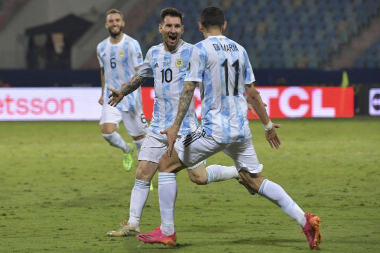 阿根廷3個進球都與梅西有關。摘自官方推特