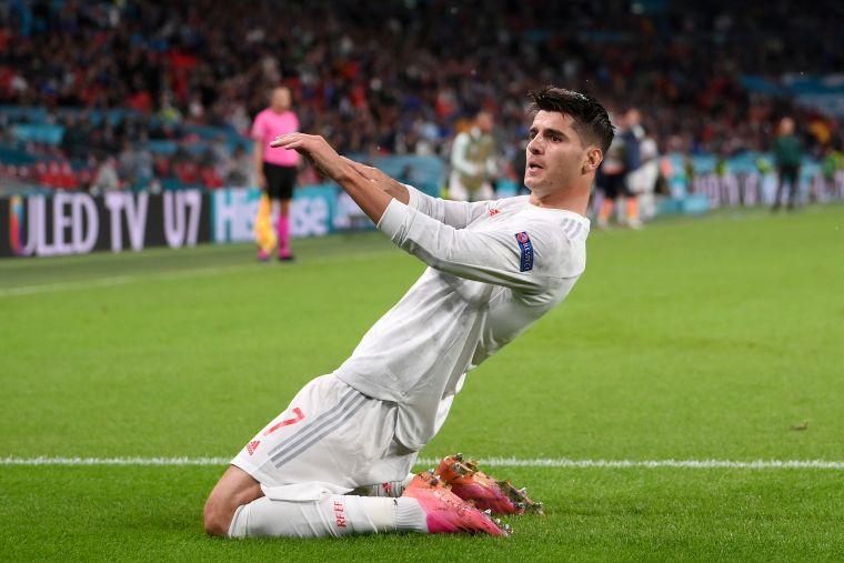 西班牙進球功臣莫拉塔卻射失12碼球。摘自官方推特