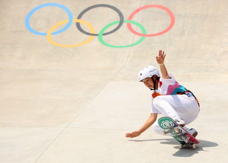 年僅13歲的西矢椛奪下滑板金牌。摘自東奧官方推特