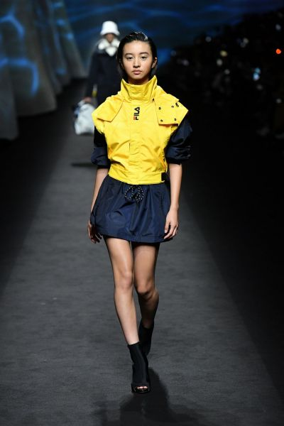 FILA特別邀請到日本超新星木村光希 繼巴黎時尚週為CHANEL擔綱演出後 送上首登米蘭時尚週伸展台的處女秀。官方提供
