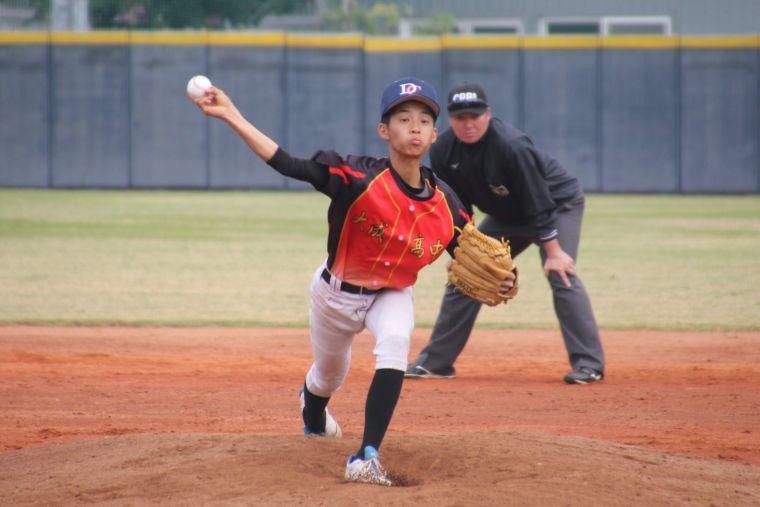 大成高中高一投手施嘉彥。