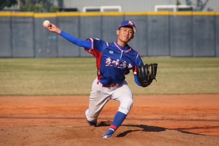 秀峰王牌投手姚恩多。