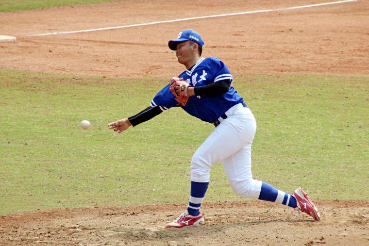 台體大投手林奕丞9局完投勝。