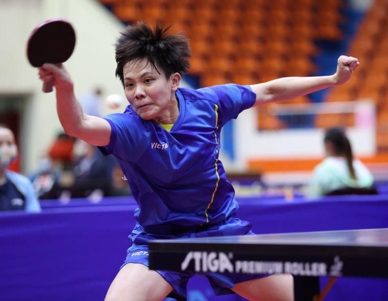 鄭怡靜率台北市桌球女團奪金。大會提供