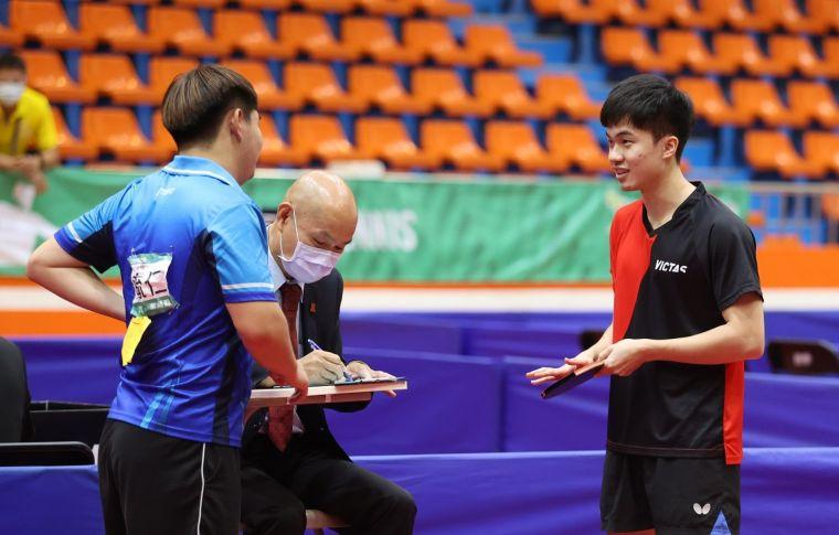 林昀儒桌球男單金牌戰對手只打了1球就棄賽。大會提供