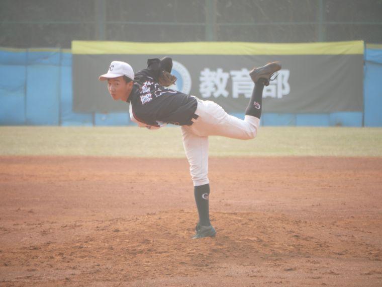 嘉義高中左投張俊璿。