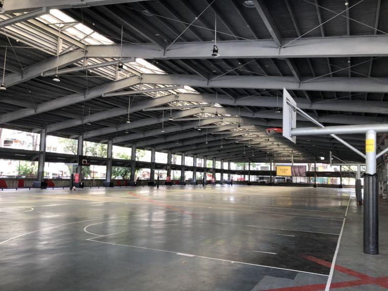 高雄暫停開放青少年籃球場至5/28。高雄運發局提供