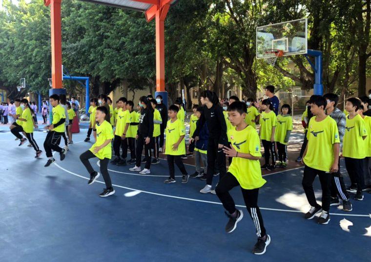 他里霧田徑訓練營登場。斗南高中/提供。