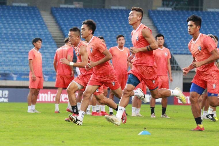 中華男足面對澳洲的強大戰力。中華足協提供