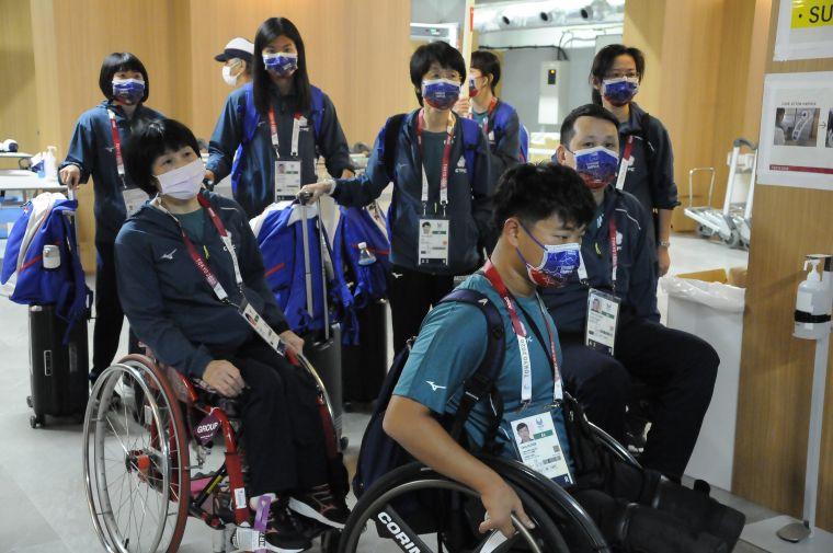 中華帕運代表團順利抵達成田機場。中華民國殘障體育運動總會提供