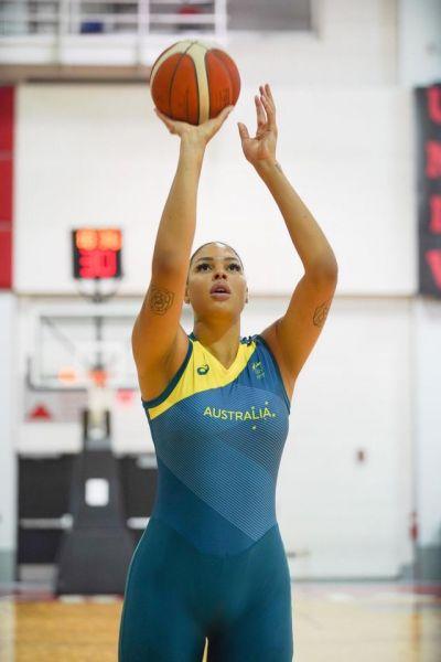 坎貝奇是澳洲女籃當家巨星。(圖摘自坎貝奇官方IG)