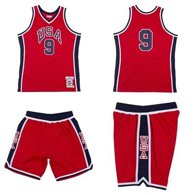1984 Team USA美國男籃球衣上市。官方提供