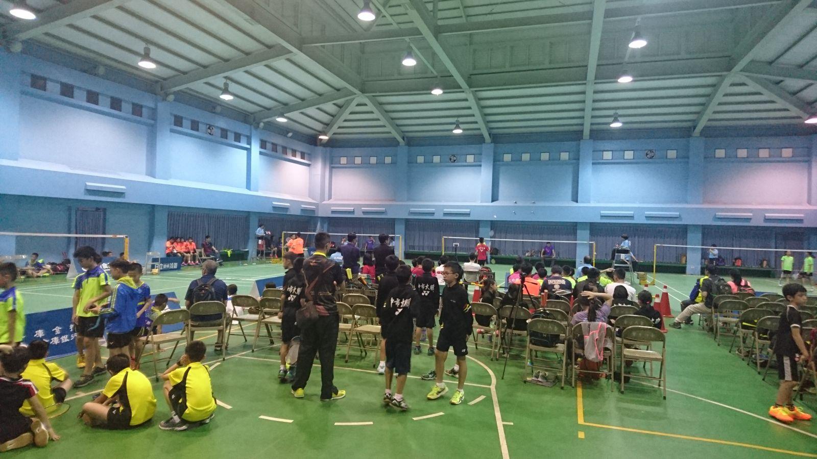 105年全國國小盃羽球錦標賽於雲縣西螺東南國中點燃戰火/黃秀仁攝